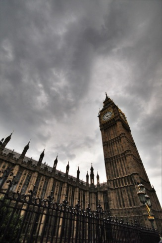 Yaygın kanının aksine Big Ben, kulenin değil içerisindeki çanın adıdır ve yaklaşık 150 yıldır Londralılar'a hizmet vermektedir.