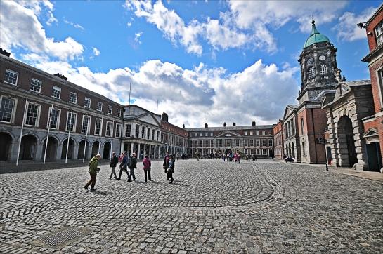 Dublin sokakları ve mimarisi en iyi kaybolarak keşfedilir.